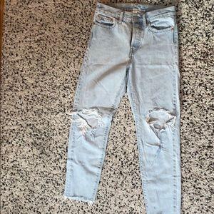 LEVIS size 27 wedgie fit jeans